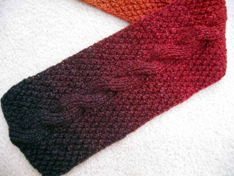 Knitting Patterns Reversible Scarves : Reversible Cable Scarf textillian