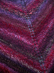 bfl-shawlette-close